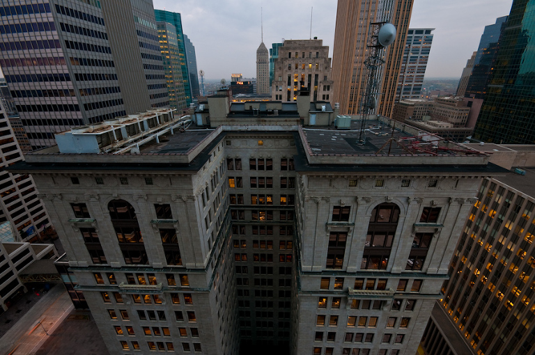 Foshay Sprouts from the Roof |  Photos of downtown Minneapolis skyline