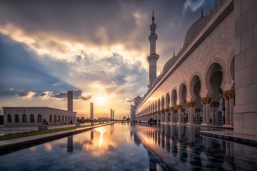 Sheikh Zayed Grand Mosque by Karim Eldeghedy