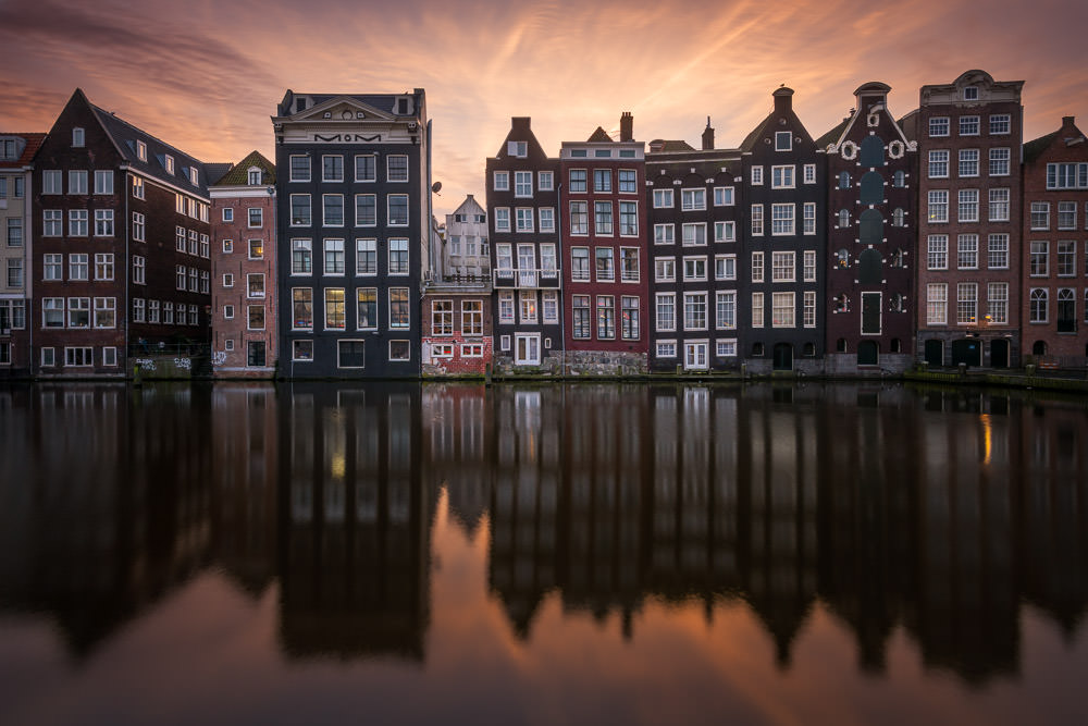 How to create a stunning cityscape in Photoshop with luminosity masks (Amsterdam full workflow)